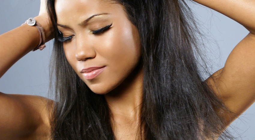 Why Everybody Needs A Little Bit of Jhene Aiko In Their Lives