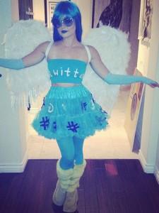 lucy-hale-twitter-bird-halloween-costume