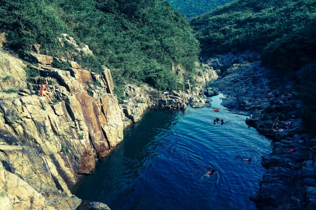 cliff_jump_pool